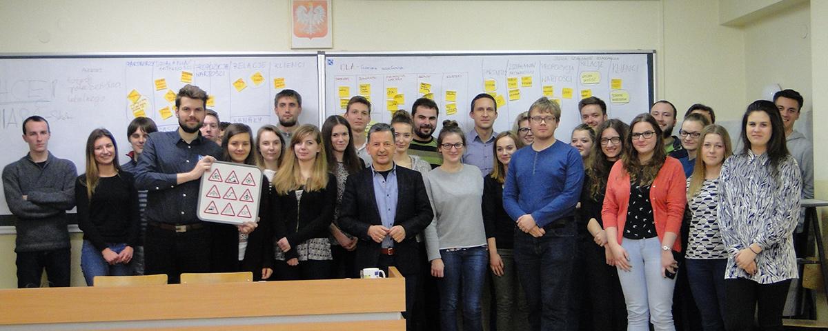 """""""The Business Model Canvas – Widzieć, żeby wiedzieć"""" Zdisław Dąbczyński"""